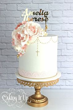 New cake fondant bautizo first communion ideas Girl Baptism Party, Christening Cake Girls, Christening Cakes For Girl, Baptism Food, Baptism Cupcakes, Baby Baptism, Communion Solennelle, First Holy Communion Cake, Comunion Cakes