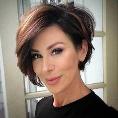 Flattering layered short haircuts for thick hair . - Flattering layered short haircuts for thick hair Flattering layered short h - Short Layered Haircuts, Short Hairstyles For Thick Hair, Haircut For Thick Hair, Short Hair With Layers, Curly Hair Styles, Layered Cuts, Bobs For Thick Hair, Short Bobs, Short Bob Thick Hair