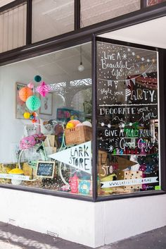 Find tips and tricks, amazing ideas for Store window displays. Discover and try out new things about Store window displays site Shop Front Design, Design Shop, Shop Interior Design, Retail Design, Store Design, Party Stores, Party Shop, Baby Laden, Store Window Displays