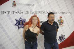 <p>Ciudad Juárez, Chih.- Elementos de la Policía Municipal realizaron la detención de Paulina Q. G., y Uriel L. L., por su presunta responsabilidad