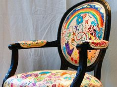 """Kids create are on vintage chairs""   I LOVE this! I want to do this with Josephine in a couple years!"