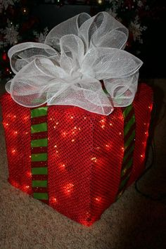 This crafty idea for lighted Christmas decorations comes from TypicalScrapbooker Janie, one our Trendy Tree Facebook Group members, and what an excellent