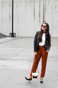 Red ochre - How to wear it?