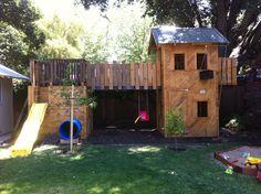 Pallet Playhouse | Sam Raske Designs
