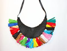 Collar babero tribal multicolor con flecos por MagiayEfecto en Etsy