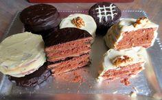 Alfajores Marplatenses : Petits gâteaux fourrés, le plus souvent de dulce de leche (confiture de lait), et enrobés de chocolat ou nappés de meringue dont les argentins raffolent.