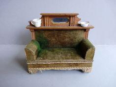 Antikes Gründerzeit Eiche Sofa mit Überbau Puppenstube