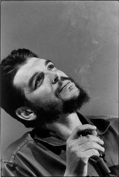 Che Guevara in Havana, 1964. Photo: Elliott Erwitt.