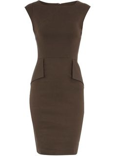 Grey flap pocket dress. Man oh man if I only had the figure for this I would so wear it. Beautiful.