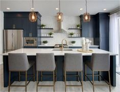 Luxury Kitchens Forever Classic: Blue Kitchen Cabinets - Because kitchens are the place where we spend the most time, they're the most important space in a home. The cabinets and fixtures need to withstand daily use and a lot of wear and tear, and the de… Farmhouse Kitchen Cabinets, Kitchen Cabinetry, Kitchen Island, Blue Kitchen Cupboards, Navy Kitchen, Maple Kitchen, Neutral Kitchen, Narrow Kitchen, Kitchen Fixtures