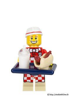 17_06 Hot Dog Man