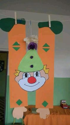Clown Crafts, Circus Crafts, Carnival Crafts, Puppet Crafts, Circus Art, Circus Theme, Diy And Crafts, Crafts For Kids, Clown Party