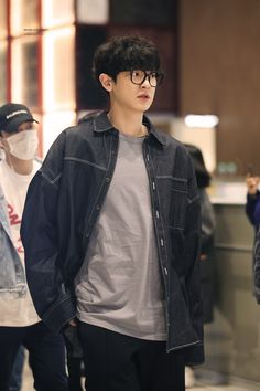 Chanyeol # fiction-fans of 12 engineering students who came from various cities were gathered in a boarding house in Jogjakarta. Baekhyun Chanyeol, Exo Chanyeol, Chen, Chansoo, Chanbaek, Kpop, Rapper, Luhan And Kris, Playstation
