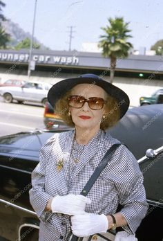 candid Bette Davis across from Sunset Car Wash Hollywood 35m-2579