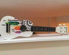 """Résultat de recherche d'images pour """"painted ukulele"""" #customguitars"""