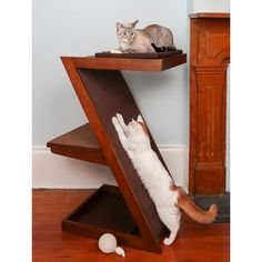Satisfy your cat's instincts to scratch and climb with this cat scratcher. #Cats