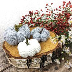 Crochet Pumpkin, Straw Bag, Knitting Patterns, Basket, Pillows, Tips, Amigurumi, Patterns, Tejidos