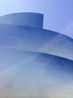Frank Gehry  – frank gehry,dtla,los angeles,architecture  Pinned by www.modlar.com