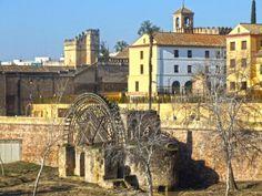 Córdoba - Molino de la Albolafía, con el Alcázar al fondo.