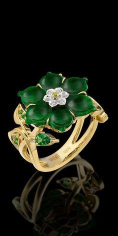 Yellow White Gold Jade Diamond Flower Ring