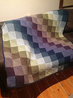Crochet Patterns combine Ravelry: mitred squares blankets pattern by Linda Castles Crochet Quilt, Crochet Squares, Crochet Home, Knit Or Crochet, Crochet Blanket Patterns, Knitting Patterns, Crochet Afghans, Knitting Projects, Mitered Square