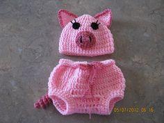 Piggy hat & pant set
