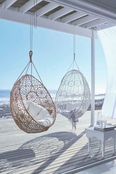 Get Creative with These Stunning Beach House Decor Ideas – – Werden Sie kreativ mit diesen atemberaubenden Strandhaus-Dekor-Ideen – – Beach Cottage Style, Beach House Decor, Home Decor, House On The Beach, Beach House Interiors, Cottage Interiors, Beach House Rooms, Summer House Decor, Beach Apartment Decor