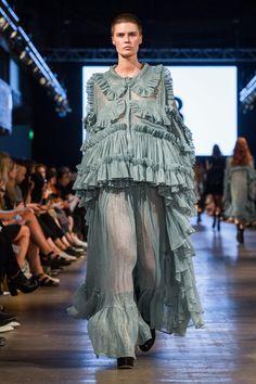 Mia munini at Näytös 16 catwalk wearing Maija Mero.  #finnish #fashion #catwalk #model #buzzcut #androgynous #miamunini