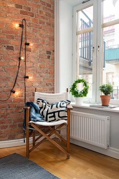 You can't go wrong with exposed brick walls.