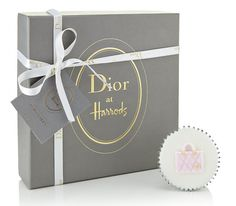 Dior Limited Edition Cupcakes at Harrods - Pursuitist Fashion Packaging, Luxury Packaging, Bag Packaging, Jewelry Packaging, Flower Packaging, Packaging Ideas, Luxury Beauty, Packaging Design Inspiration, Harrods