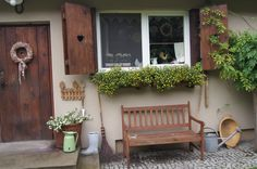 ... Porch Swing, Outdoor Furniture, Outdoor Decor, Entryway Bench, Benches, Cottages, House, Home Decor, Stools