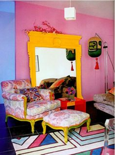 "Fashion's Matthew Williamson Views Home as ""Experimental Space"" Yellow Mirrors, Crazy Colour, Pink Room, Pink Walls, Matthew Williamson, Colorful Interiors, Space Interiors, House Interiors, Living Room Interior"