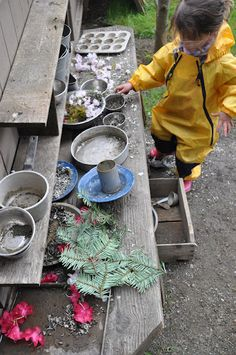 mudkitchen love - and thoughts on loose parts and outdoor play with so many fun creative ideas to keep kids busy outside, helping them learn through play