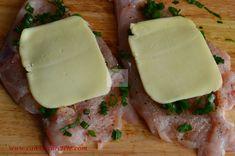 Piept de pui umplut cu jambon si cascaval - CAIETUL CU RETETE Spinach Stuffed Chicken, Food, Meal, Essen