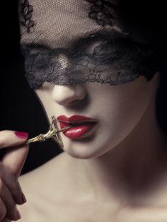 Photographer Klara G • fashion | beauty • M Magazine - Make Up Store - Katrina