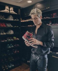 Image about shoes in G-Eazy 🥃💦 by Angel C on We Heart It G Eazy Style, Bape, Creative Writing, Hypebeast, Yeezy, Rock N Roll, Find Image, We Heart It, Leather Pants