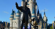 Magic Kingdom Cinderella's Castle Partners Statue 2 fb crop