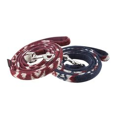 The Puppia Cupid Dog Lead features a Winter pattern in wine or navy colors that coordinates as a fun accessory to the Puppia Cupid Harness. Made 100% polyester, this soft dog leash measures approximately 4 1/2 feet long and comes with a sturdy, nickel-pla