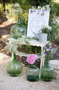 Decoración para una boda al aire libre. ¡con estilo rústico! Chic Wedding, Wedding Details, Rustic Wedding, Recycled Bottles, Garden Wedding, Event Planning, Flower Arrangements, Wedding Planner, Wedding Decorations