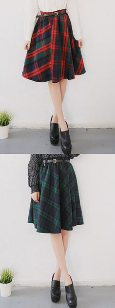This plaid high waist skater skirt will help get you the on-trend look. Modest Fashion, Girl Fashion, Fashion Outfits, Womens Fashion, Fashion Design, Sunday Outfits, Fall Outfits, Cute Outfits, Tartan Fashion