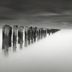 Noel Clegg, photographies noir et blanc en pose longue   La mauvaise herbe
