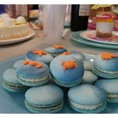 Ocean Macs :) Ombré Macarons mit Seesternen, Fischen, Krebsen und Seepferdchen aus Fondant.