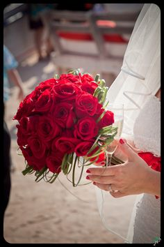 RED!!! Ibiza, Bouquet, Table Decorations, Bridal, Red, Home Decor, Homemade Home Decor, Bouquets, Brides