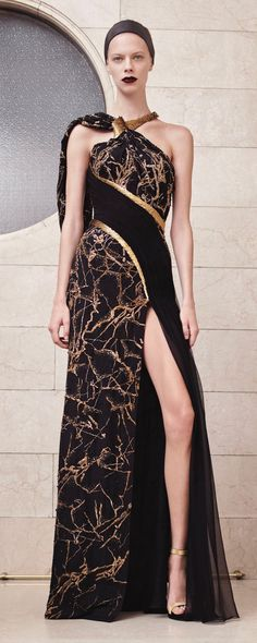 Atelier Versace Fall-winter 2017-2018 - Couture - http://www.orientpalms.com/Atelier-Versace-6843