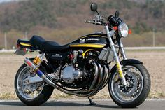 Kawasaki Z1 ..This is the one I purchased,same color,only Kirker ...