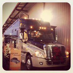 Holidays in the Equine Motorcoach.