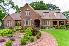 Open House this Sunday, Aug. 28th from 2-4 pm.  Call Averbuch Realty Co. for more info. 256-883-6600. http://www.averbuchrealty.com/property/1050357/1101-harrison-avenue-se-huntsville-al-35801/