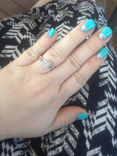 I've been pinning other peoples rings the past three years...now I'm pinning mine!! Love it!!!