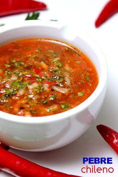 El Pebre es una salsa-adobo típica de Chile, similar al más conocido Chimichurri  argentino en su elaboración, aunque su sabor a mi pare...