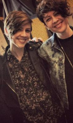 Tegan (right) and Sara (left literally have the raddest hair. If I could pull of Tegan's hairstyle, I totally would go for it.